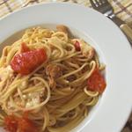 トマト・チーズ・ツナのパスタ